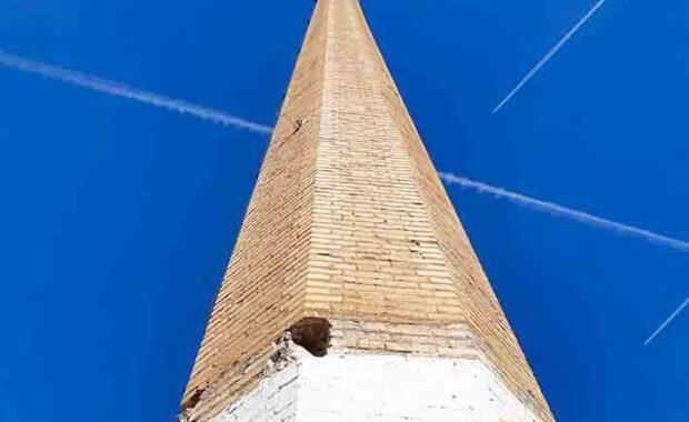 Restauración de chimenea industrial en El Puig